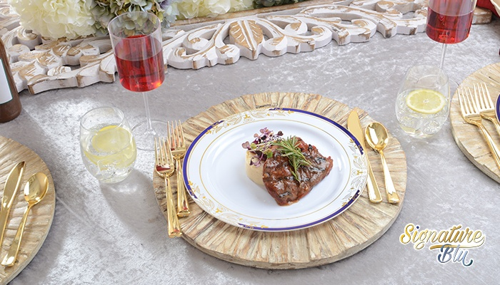 disposable dinnerware, Fineline Settings Blog | holiday table