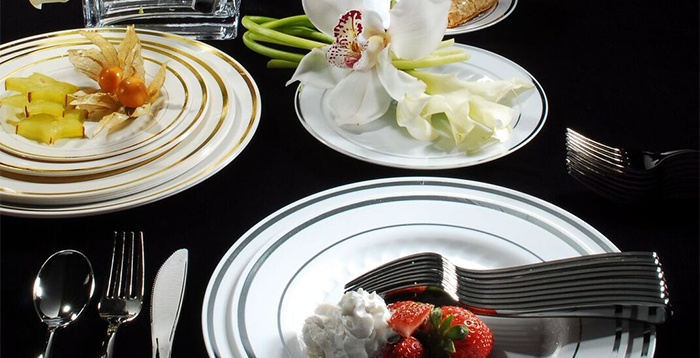 Round Dinnerware Set by Fineline Disposables