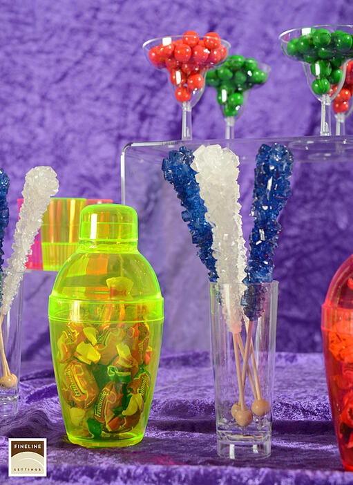 Candy_buffet_using_disposable_partyware